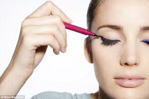 shop eyeliner at Just4Girls.pk