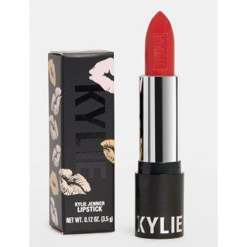 Kylie Jenner Lipstick - Boss Matte- 3.5g