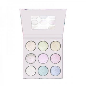 Essence Never Give Up Your Daydream Eyeshadow Palette - 13.5g  - US